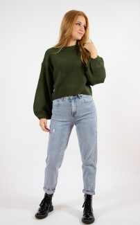green balloon sleeve jumper