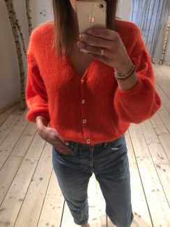 red favo knit