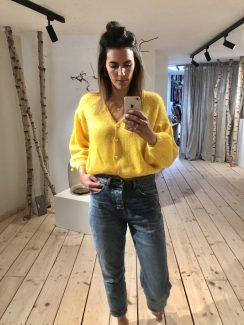 yellow favo knit