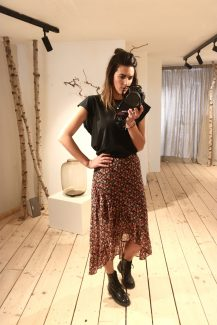 romantic floral skirt black